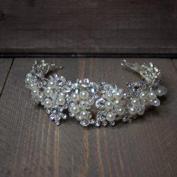 Tiara met parels en glitterstenen